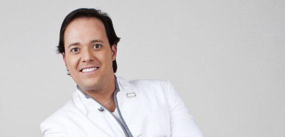 Andre Valadão - Abraça-me [Abrazame]