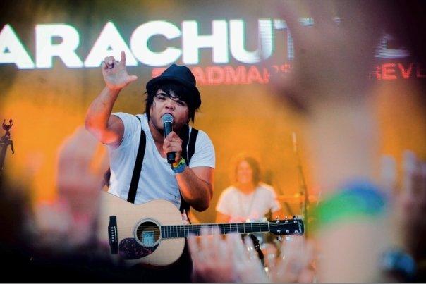 Parachute Band - Saviour Of The Broken Heart