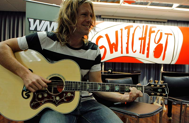 Jon-Foreman-Back-Switchfoot.jpg
