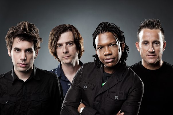 Newsboys - Step Up To The Microphone  - Arrimándose Al Micrófono